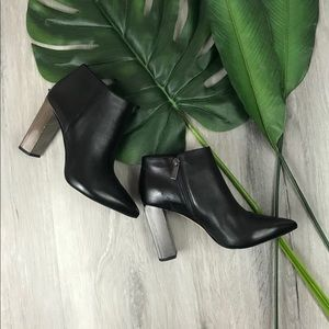 Michael Kors Ankle Booties✨Brand New----Damage